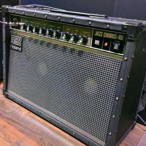Roland JC40