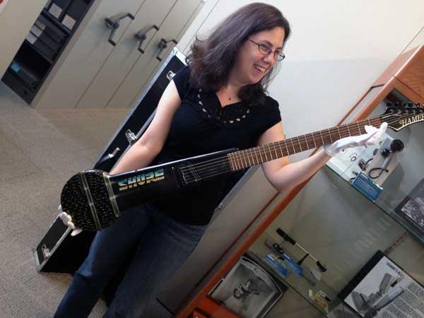 shure-hamer-guitar