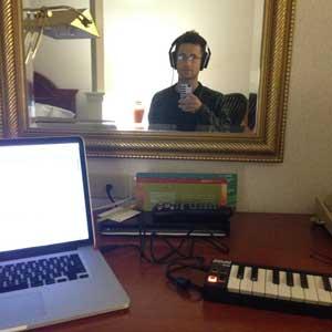 Spero's hotel room rig: laptop and Akai mini MIDI controller