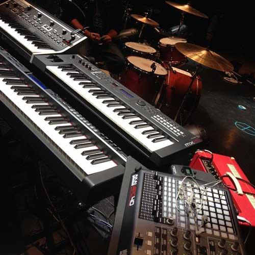 interview greg spero keyboardist on tour with halsey