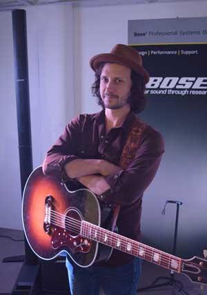 Singer-songwriter Jamie Kent playing through the Bose L1 system
