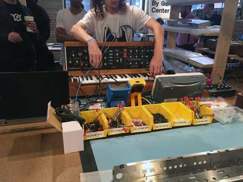 Moog Engineers put a Minimoog Model D together