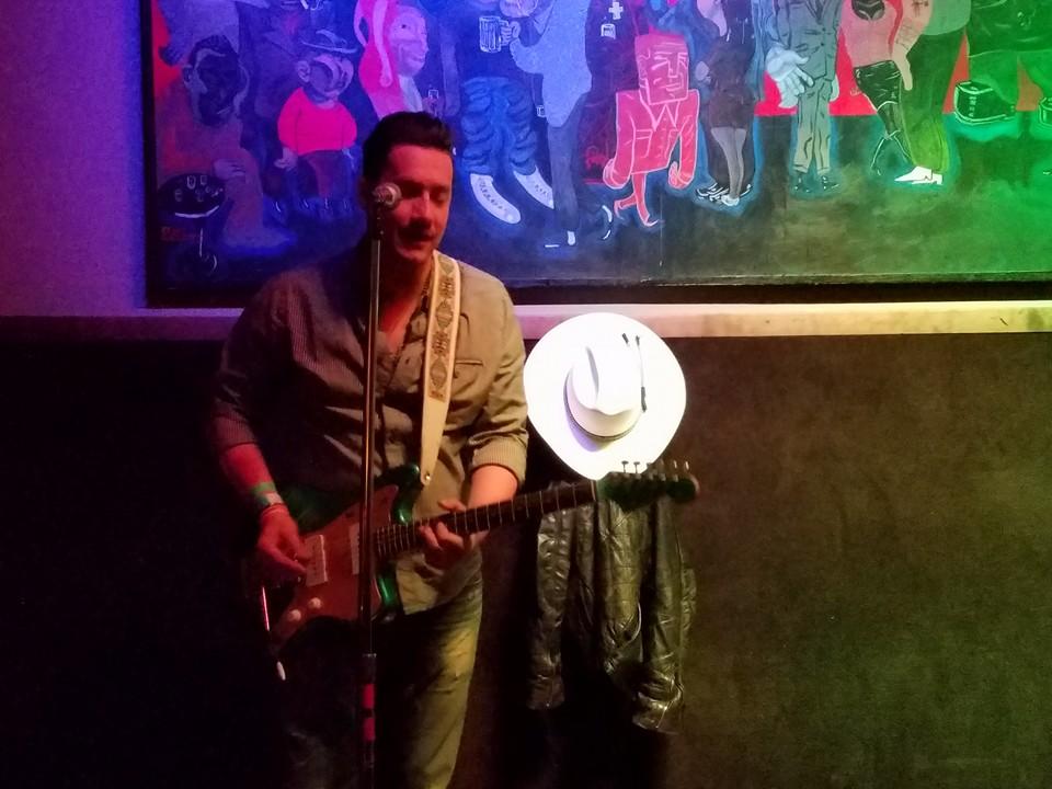 Sonny Ratcliff on guitar