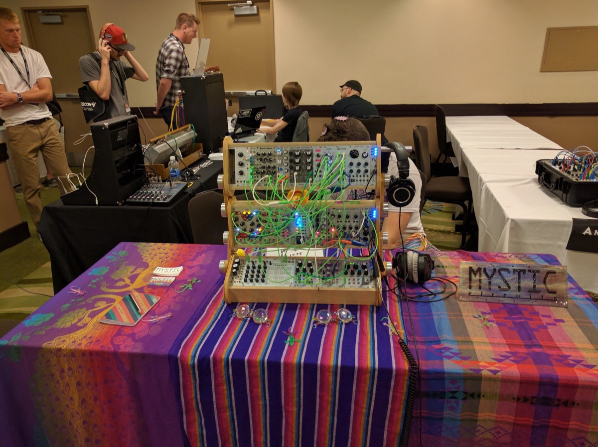 Mystic Circuits at Knobcon 2016