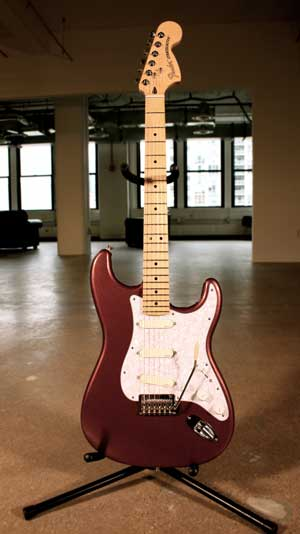 Fender Deluxe Roadhouse Stratocaster (modded with EMG DG20 pickguard)