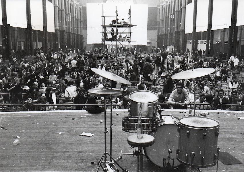jaki liebezeit's drum kit