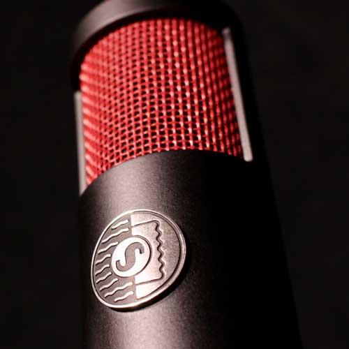 Ribbon microphones: Shure KSM313