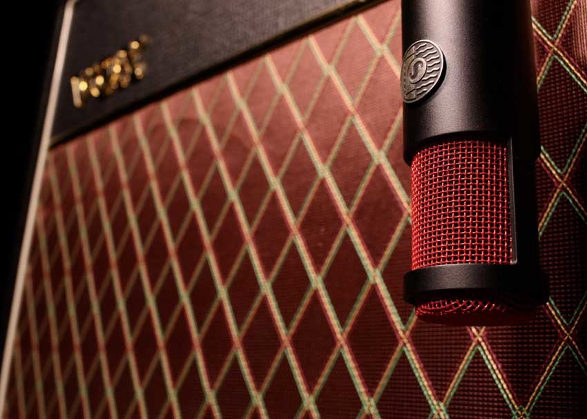 Shure KSM313 ribbon microphone on a Vox amp