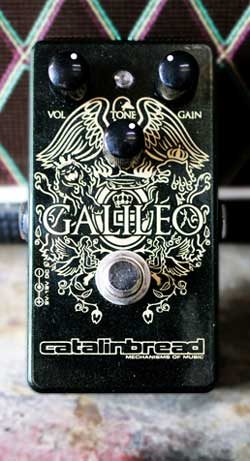 The Catalinbread Galileo pedal was used for AC30 + treble booster tones