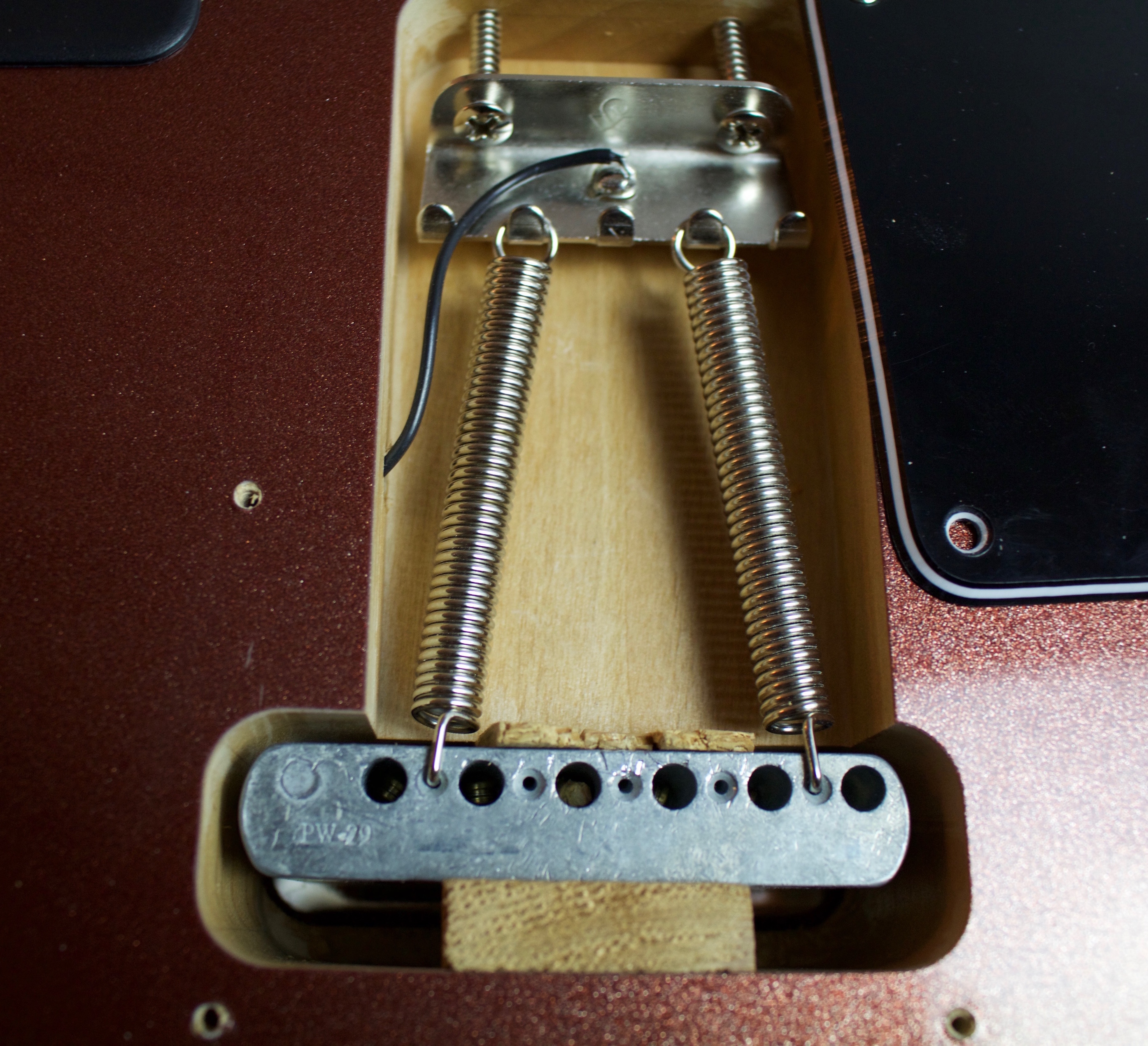 How to Deck or Block Your Tremolo | zZounds Music Blog