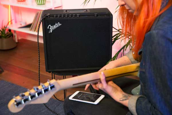 Control your Mustang GT amp via the Fender Tone App.