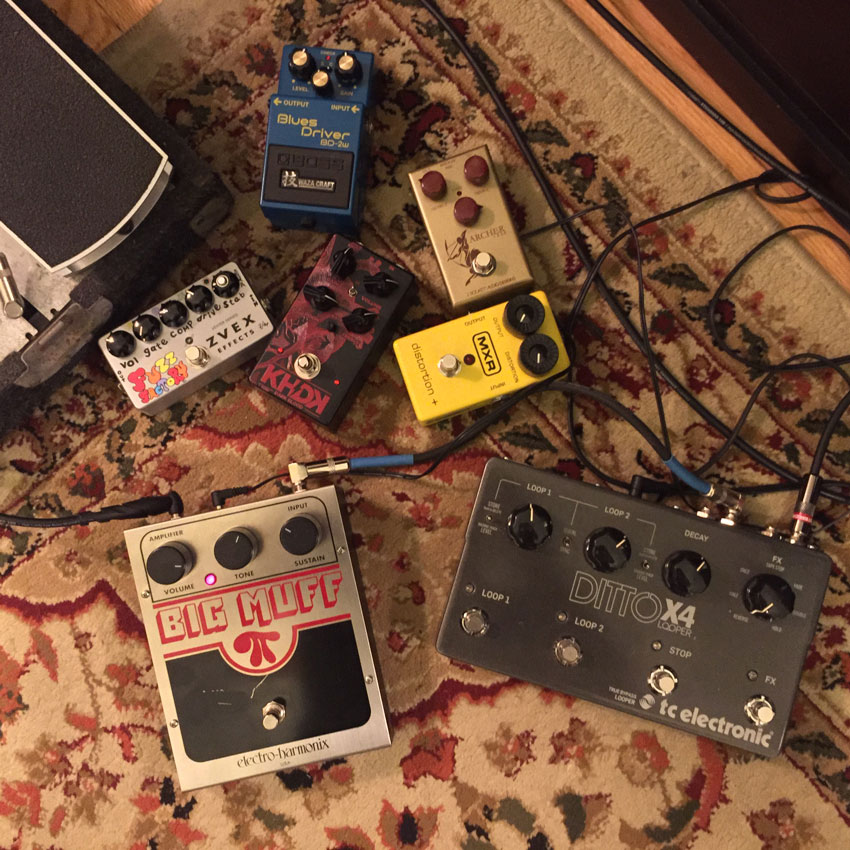 We demoed a few of our favorites: J. Rockett Archer IKON, Boss Waza Craft Blues Driver, MXR Distortion +, KHDK Dark Blood, Electro-Harmonix Big Muff, and ZVEX Fuzz Factory.