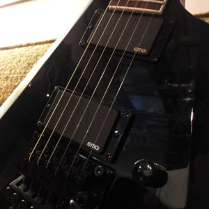 ESP LTD Arrow 401 with EMG 81/85 active pickups.