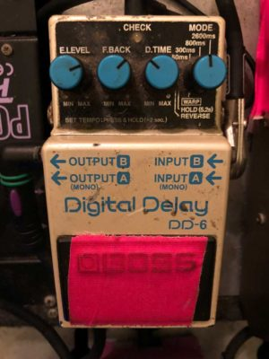 A Boss DD-6 was used for the digital delay sound samples.
