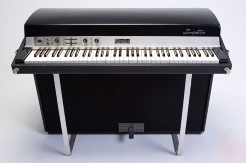 Fender Rhodes suitcase piano