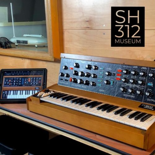 Synth House Chicago's Moog Minimoog Model D synthesizer (and its iOS emulation app.)
