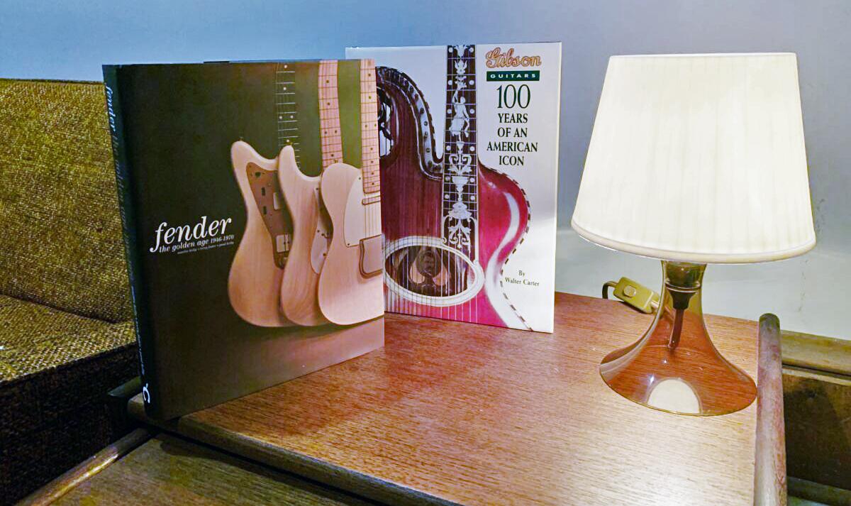 Fender & Gibson History Books