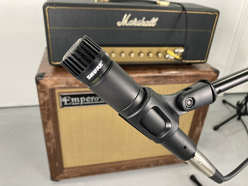 Guitar cabinet miking - Shure SM57